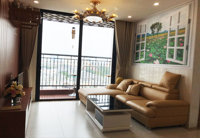 03 bedroom apartment for rent in Vinhomes Green Bay