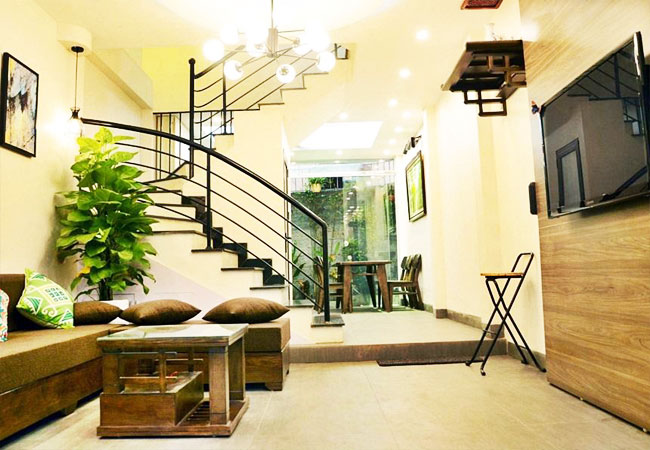 03 bedroom house for rent in Tay Ho, fully furnished
