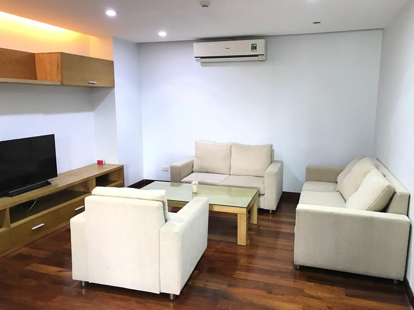 2 bedroom apartment for rent in Thuy Khue, next to West lake