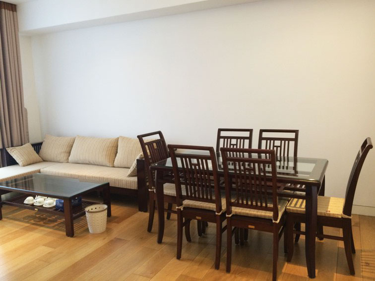 2 bedroom apartment in Indochina Plaza Hanoi for rent