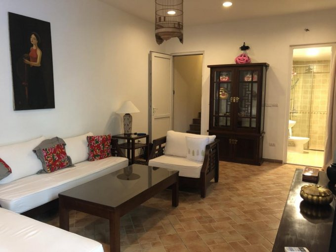 2 bedroom house for rent in Tran Hung Dao street