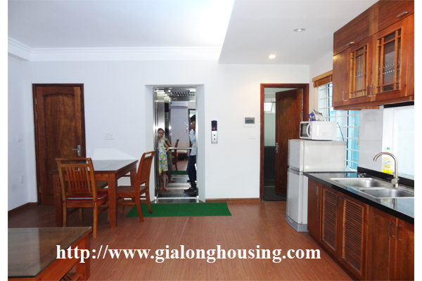 Apartment for rent in Tran Quoc Hoan, Cau Giay district 1