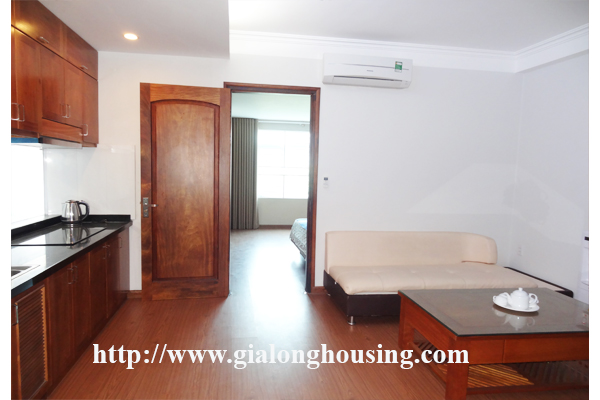 Apartment for rent in Tran Quoc Hoan, Cau Giay district 2