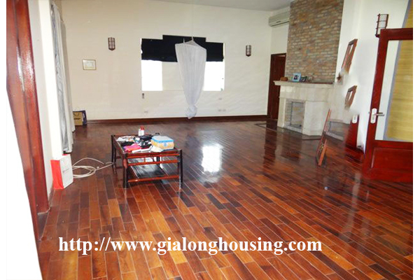 Large and beautiful villa with swimming pool in Tay Ho Hanoi 4
