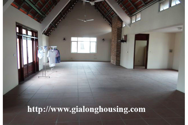 Large and beautiful villa with swimming pool in Tay Ho Hanoi 9