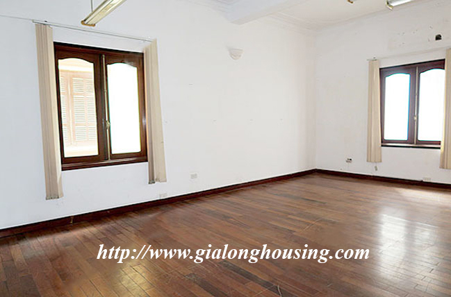 Very big unfurnished villa for rent in To Ngoc Van main road 19