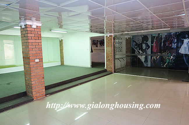 Very big unfurnished villa for rent in To Ngoc Van main road 5