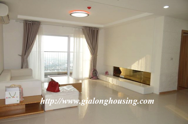 New apartment in Golden Palace, basic furniture