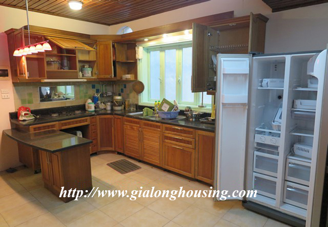 Garden house with 2,5 floor for rent in Doi Can 14