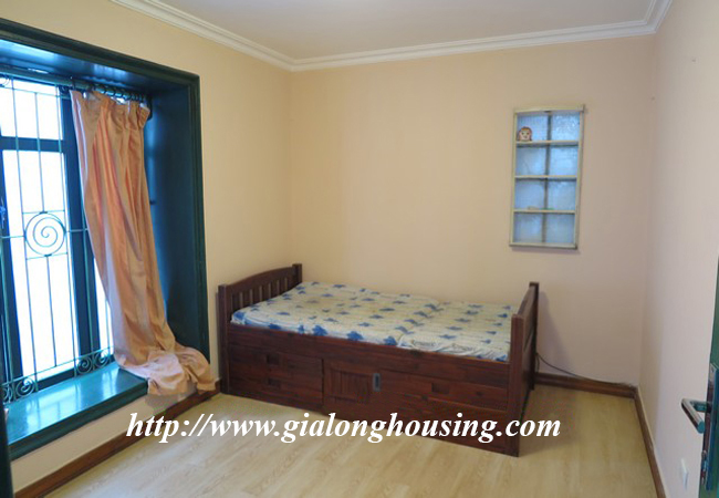 Garden house with 2,5 floor for rent in Doi Can 19