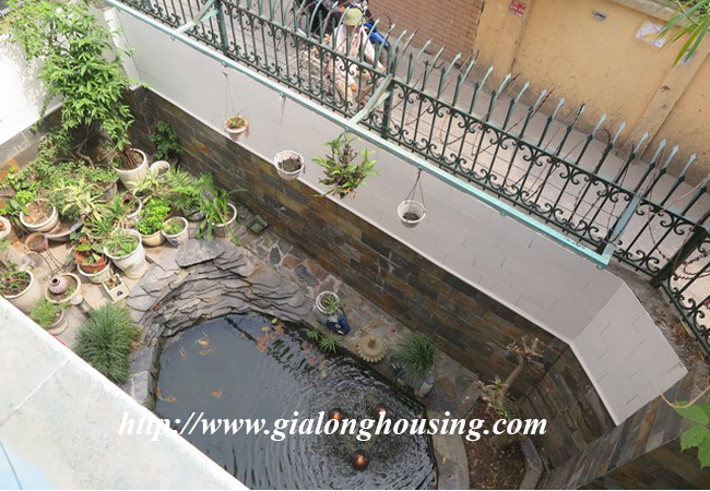 Garden house with 2,5 floor for rent in Doi Can 9