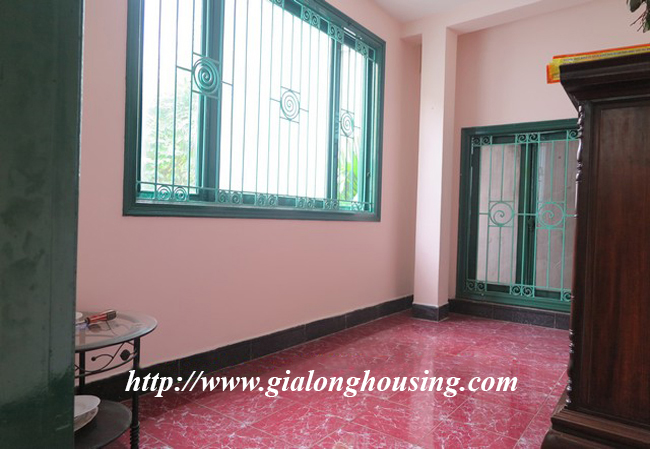 Garden house with 2,5 floor for rent in Doi Can 4