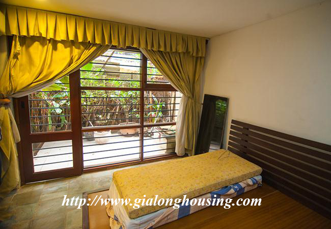 Comfortable and modern house in Nguyen Khanh Toan for rent 11