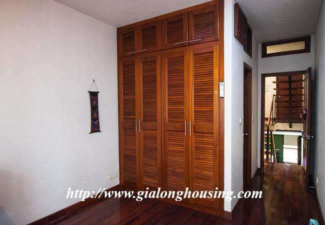 Comfortable and modern house in Nguyen Khanh Toan for rent 12