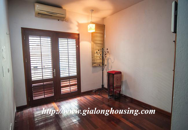 Comfortable and modern house in Nguyen Khanh Toan for rent 13