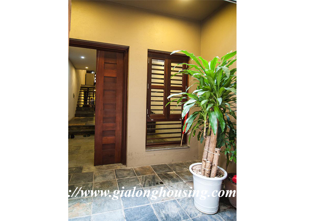 Comfortable and modern house in Nguyen Khanh Toan for rent 19