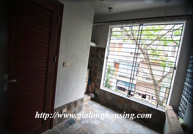 Comfortable and modern house in Nguyen Khanh Toan for rent 6