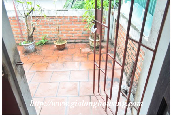 Fully furnished house in Le Duan street for rent 14