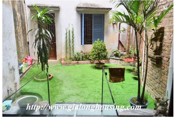 Fully furnished house in Le Duan street for rent 15