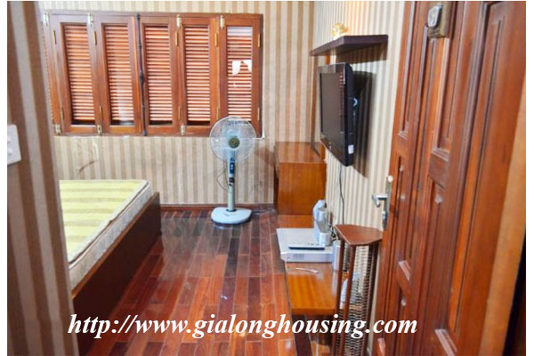 Fully furnished house in Le Duan street for rent 9