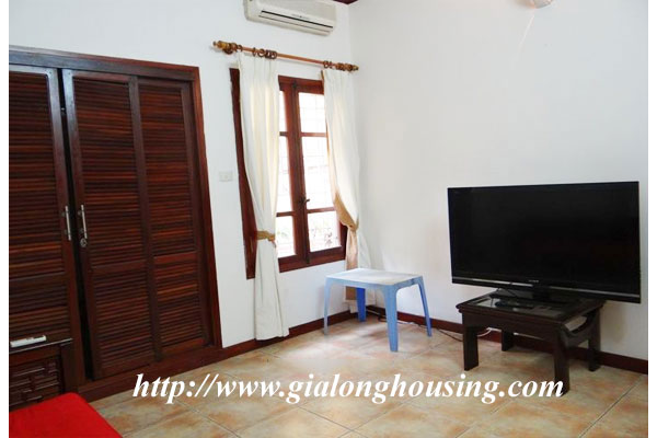 Bright house for rent in Hoan Kiem district 11