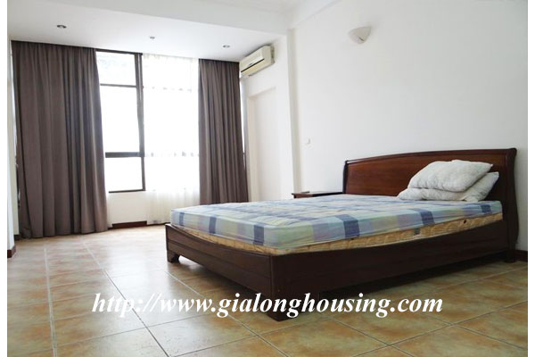 Bright house for rent in Hoan Kiem district 13