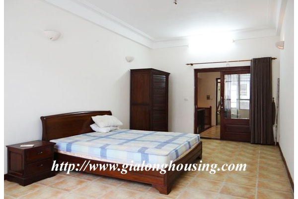 Bright house for rent in Hoan Kiem district 14
