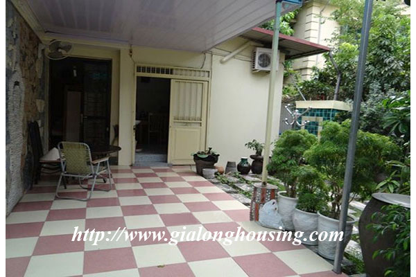 Nice house with garden in Hoang Hoa Tham, Ba Dinh district 2