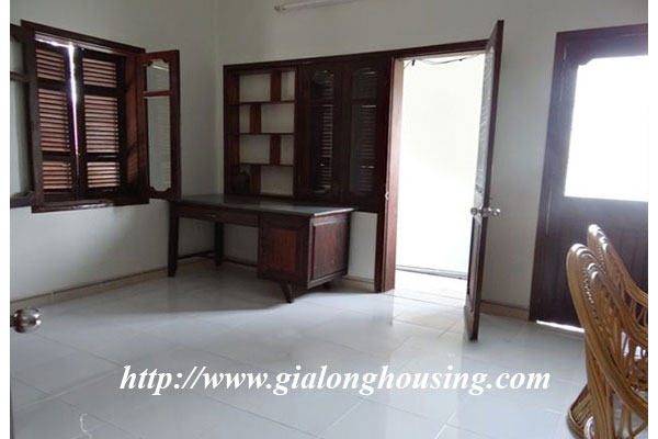 Nice house with garden in Hoang Hoa Tham, Ba Dinh district 7
