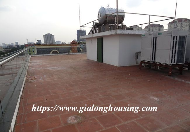 Big house for rent in Lac Long Quan, no furniture 2