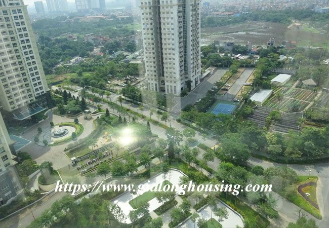 L1 Ciputra big apartment for rent, luxury furniture 11