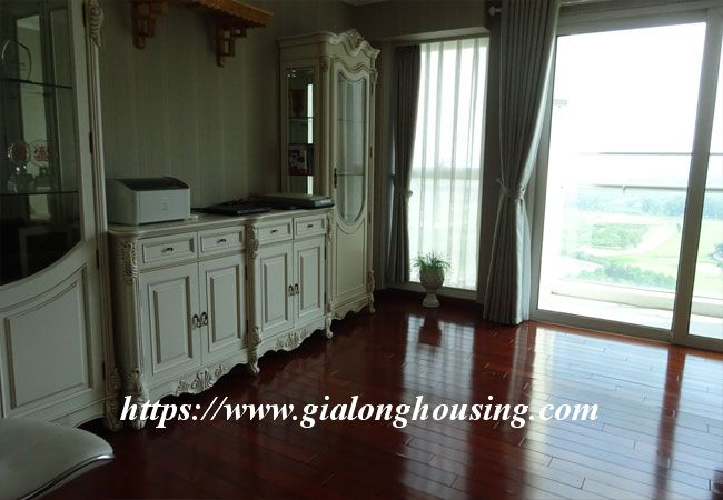 L1 Ciputra big apartment for rent, luxury furniture 16
