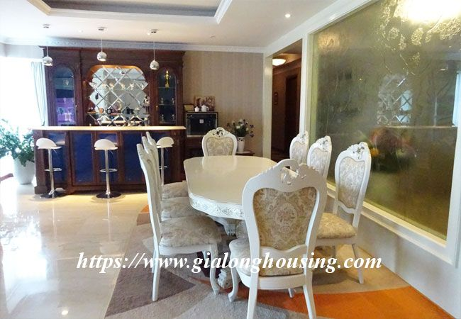 L1 Ciputra big apartment for rent, luxury furniture 4