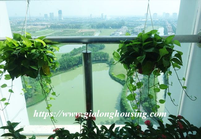 L1 Ciputra big apartment for rent, luxury furniture 5