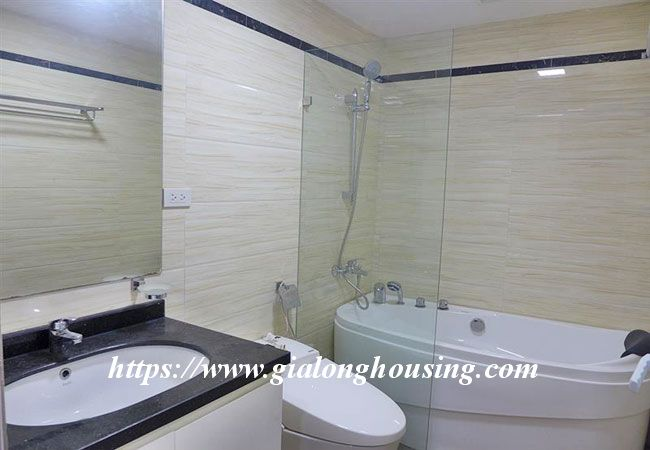 Nice studio apartment in Ba Dinh for rent 6