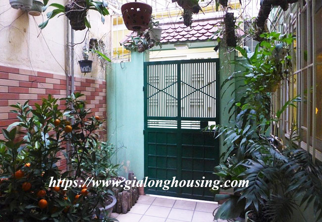 Fully furnished house for rent in Van Ho, Hai Ba Trung district 1