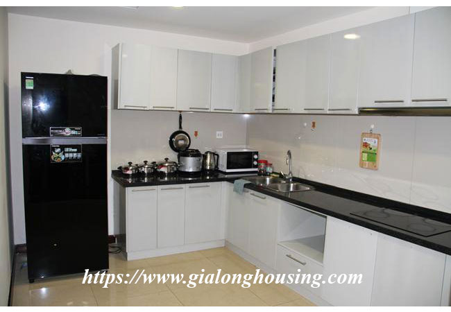 Cozy apartment in R5 building for rent, Royal City 5