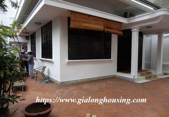 House in To Ngoc Van with large yard 3