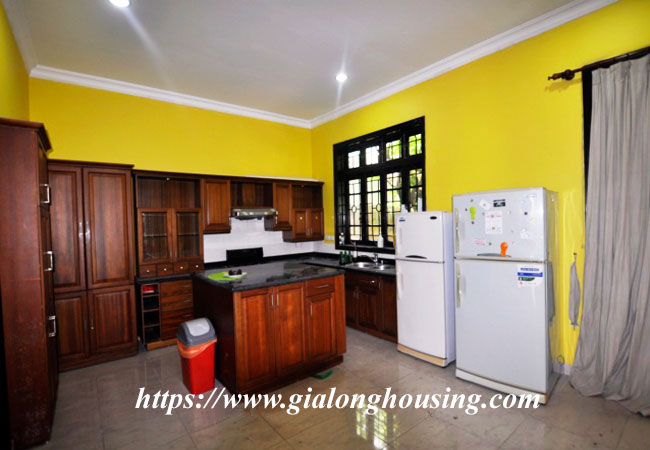 Big villa in Ciputra for rent with full of furniture 2