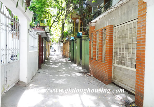 Good house for rent in Phan Dinh Phung, Hoan Kiem 1
