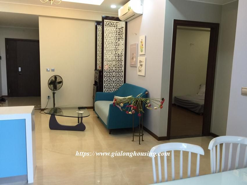 Trang An fully furnished apartment for rent 2