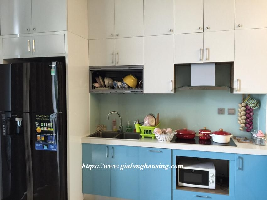 Trang An fully furnished apartment for rent 3