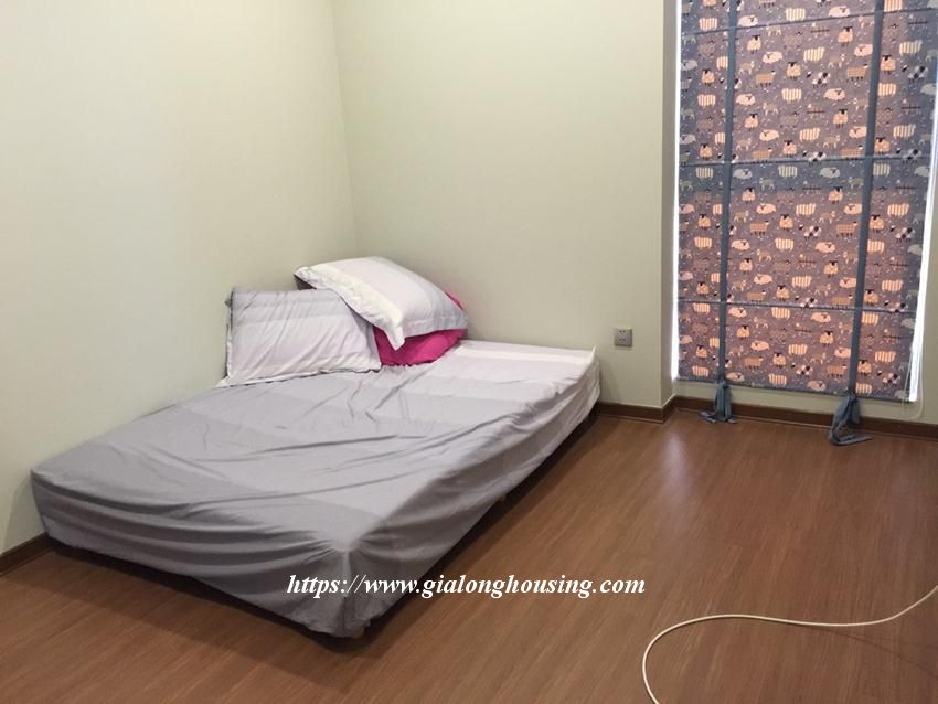 Trang An fully furnished apartment for rent 9