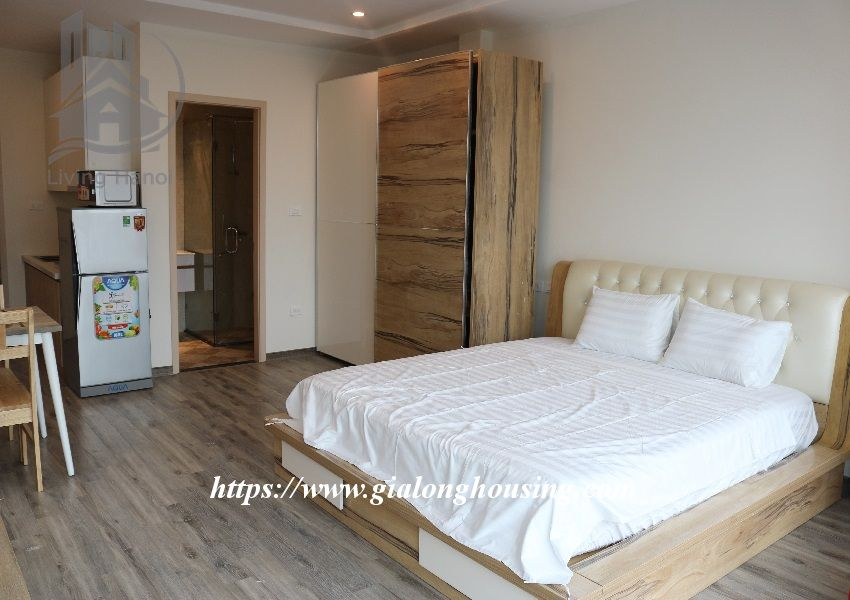 Brand new apartment in Hoang Hoa Tham, walking to West lake 2