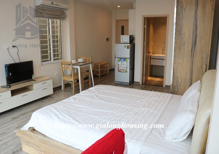 Brand new apartment in Hoang Hoa Tham, walking to West lake 3
