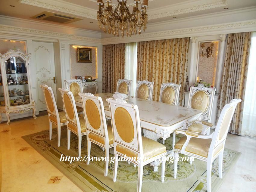 Duplex apartment with neoclassical architecture style in Golden Westlake 5