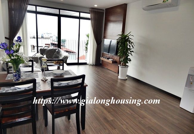 Lake view apartment for rent in 31 Xuan Dieu 1