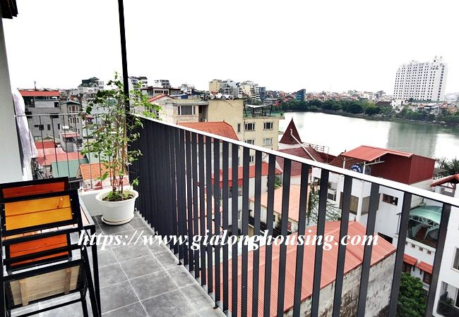 Lake view apartment for rent in 31 Xuan Dieu 7
