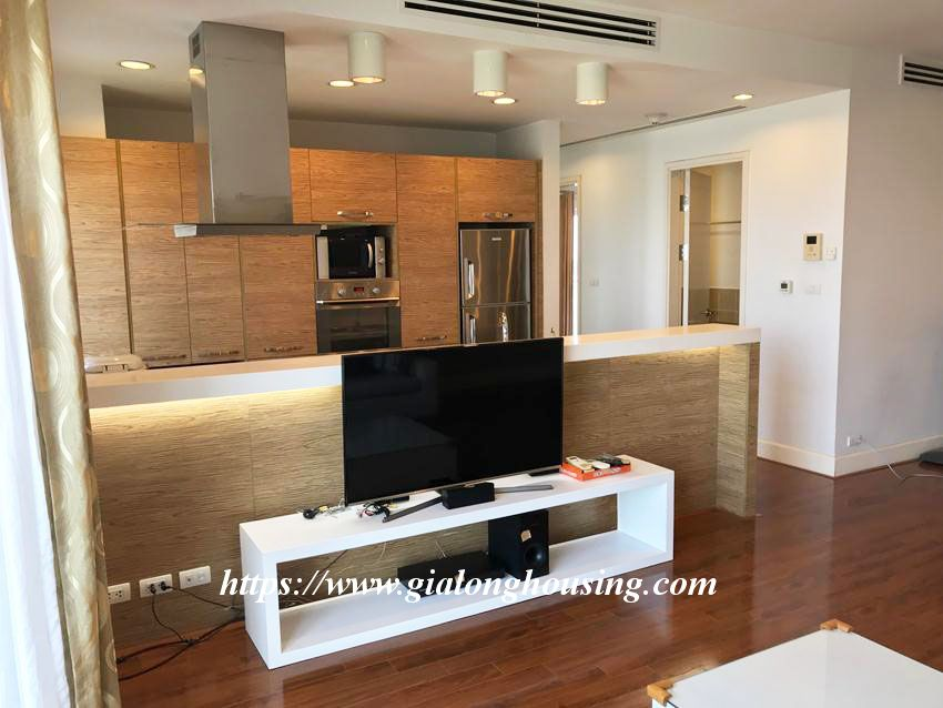 Lake view high floor apartment in Golden Westlake 2