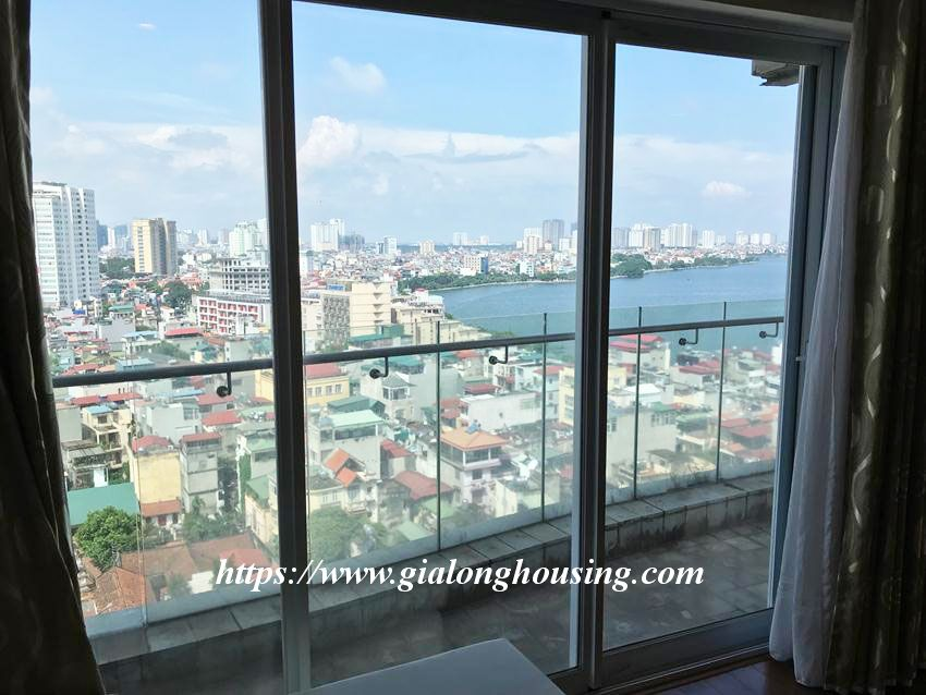 Lake view high floor apartment in Golden Westlake 3